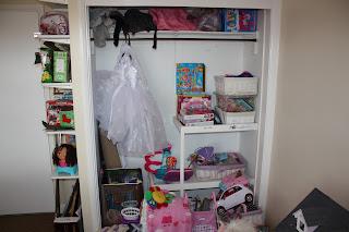 playroom decorating storage ideas