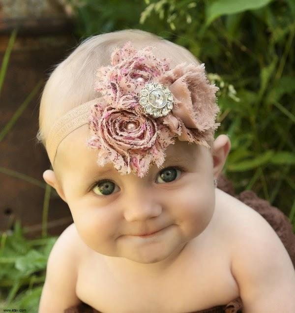 belle Image bébé fille mignonne