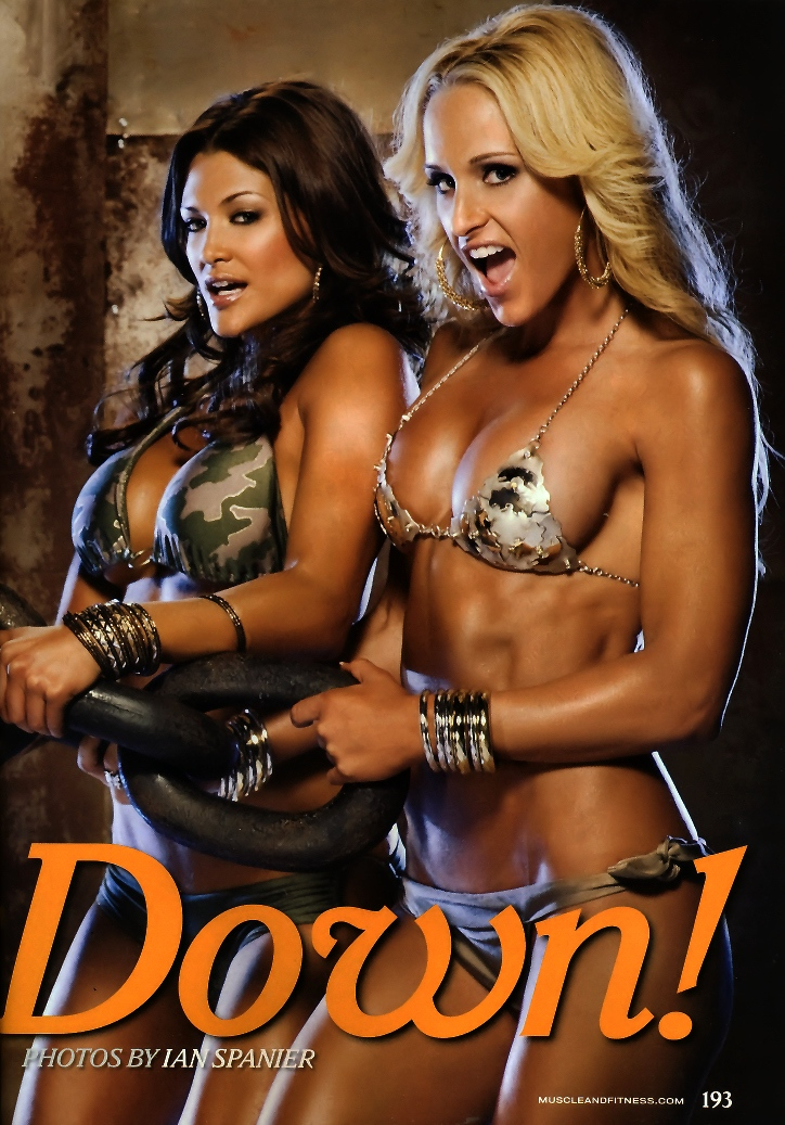 Hot Sey Images Of Wwe Diva Michelle Mccool Layla And Eve Torres Hq