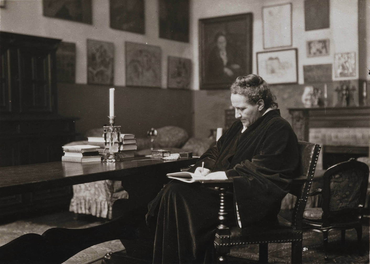 """gertrude stein poetry and grammar essay Gertrude stein and the names of the father  """"composition"""" in this essay means literary exposition  """"poetry and grammar"""" 1935 gertrude stein:."""
