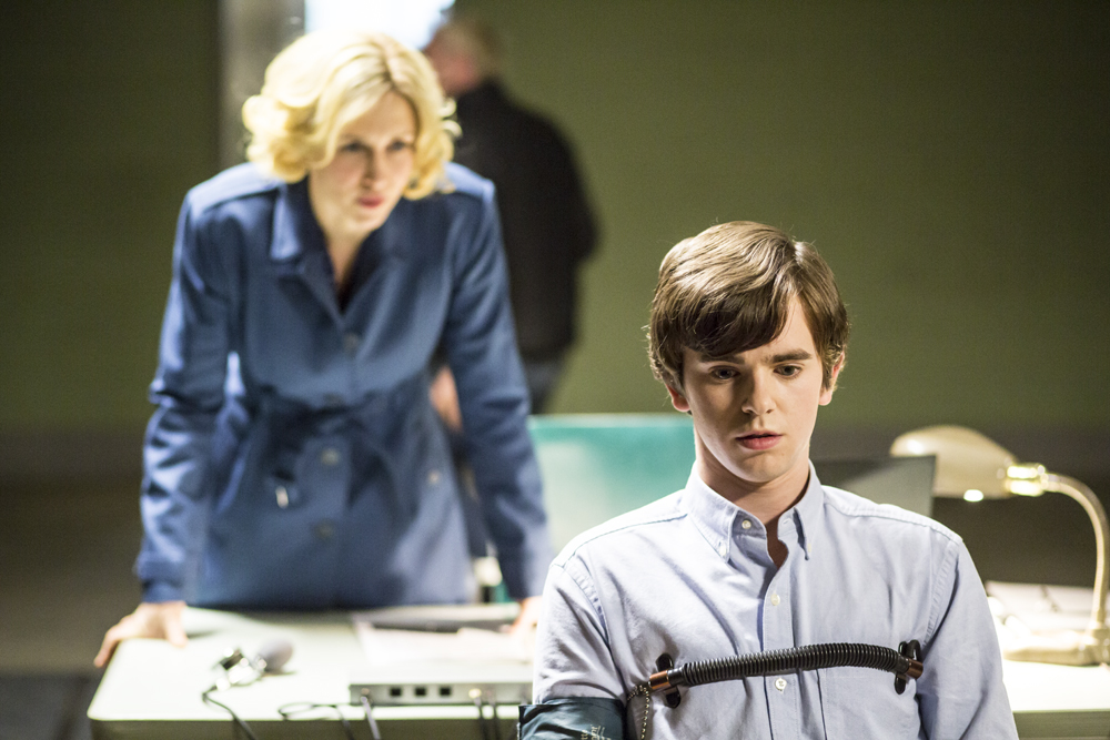 Bates Motel - Episode 2.10 - The Immutable Truth (Season Finale) - Promotional Photos