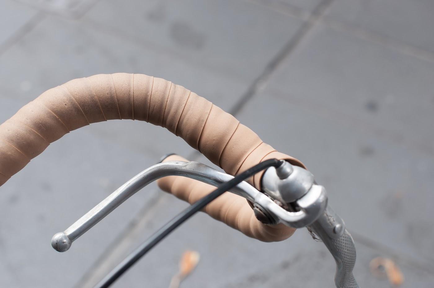 single speed, bike, bicycle, tim macauley, the biketorialist, melbourne, conversion, road bike,  bourke st, custom, brake lever, vintage, bar tape