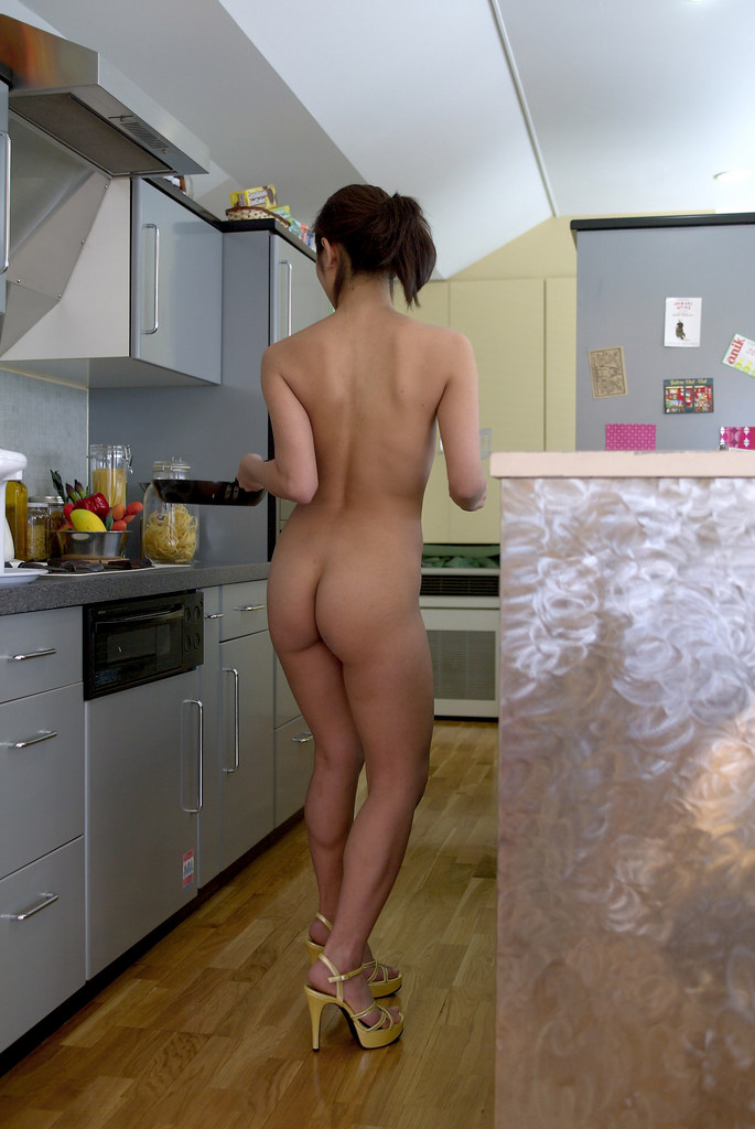 www.CelebTiger.com+Smiling+Asian+babe+Yuka+A+poses+nude+in+the+kitchen03 Asian MetArt Model Yuka A Poses Nude In Her Kitchen And Shows Us Her Round Booty Photo Gallery