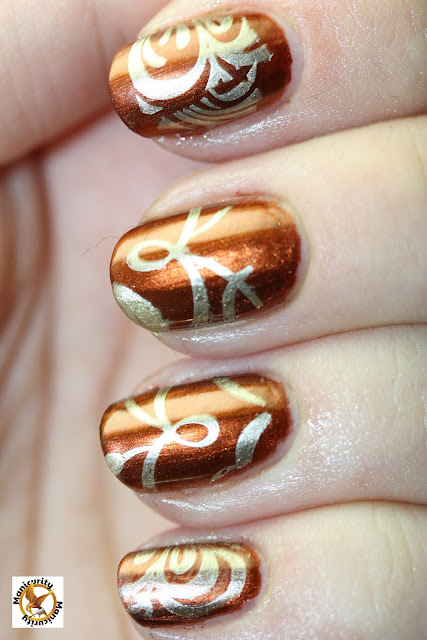 Cinna stamping manicure with Barry M Gold Foil vertical