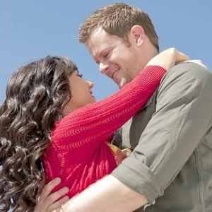 Youthfulness - What Guys Look At In A Woman - man and woman in love