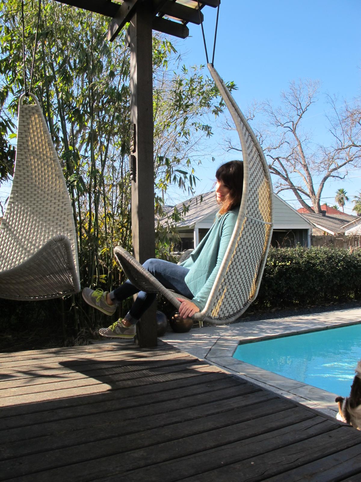 christie chase 582 svinga swing. Black Bedroom Furniture Sets. Home Design Ideas