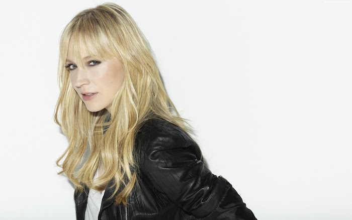 Beth Riesgraf HD Wallpaper -09