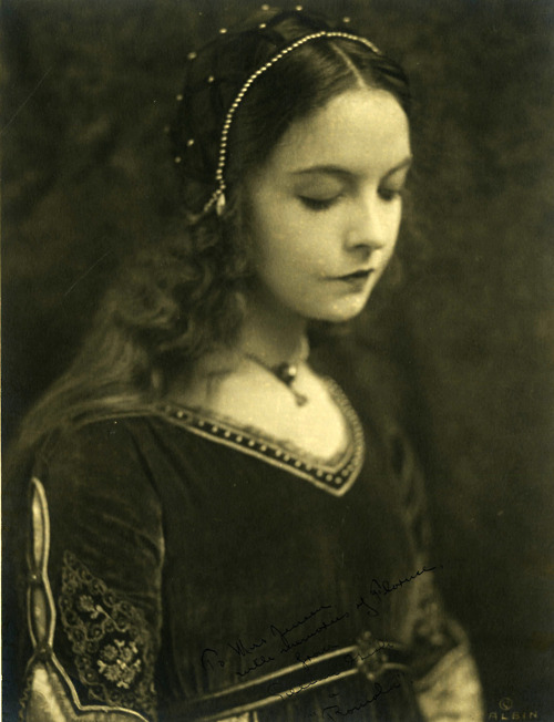 lilian gish portrait