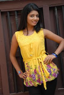 new heroine praksha sri Pictures 013