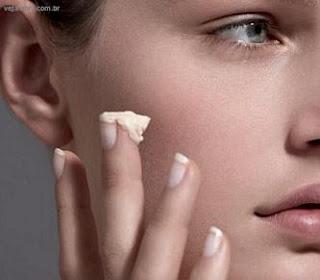 Cinco dicas para quem usa ácido retinóico | Clínica Weiss | Hugo Weiss Dermatologista