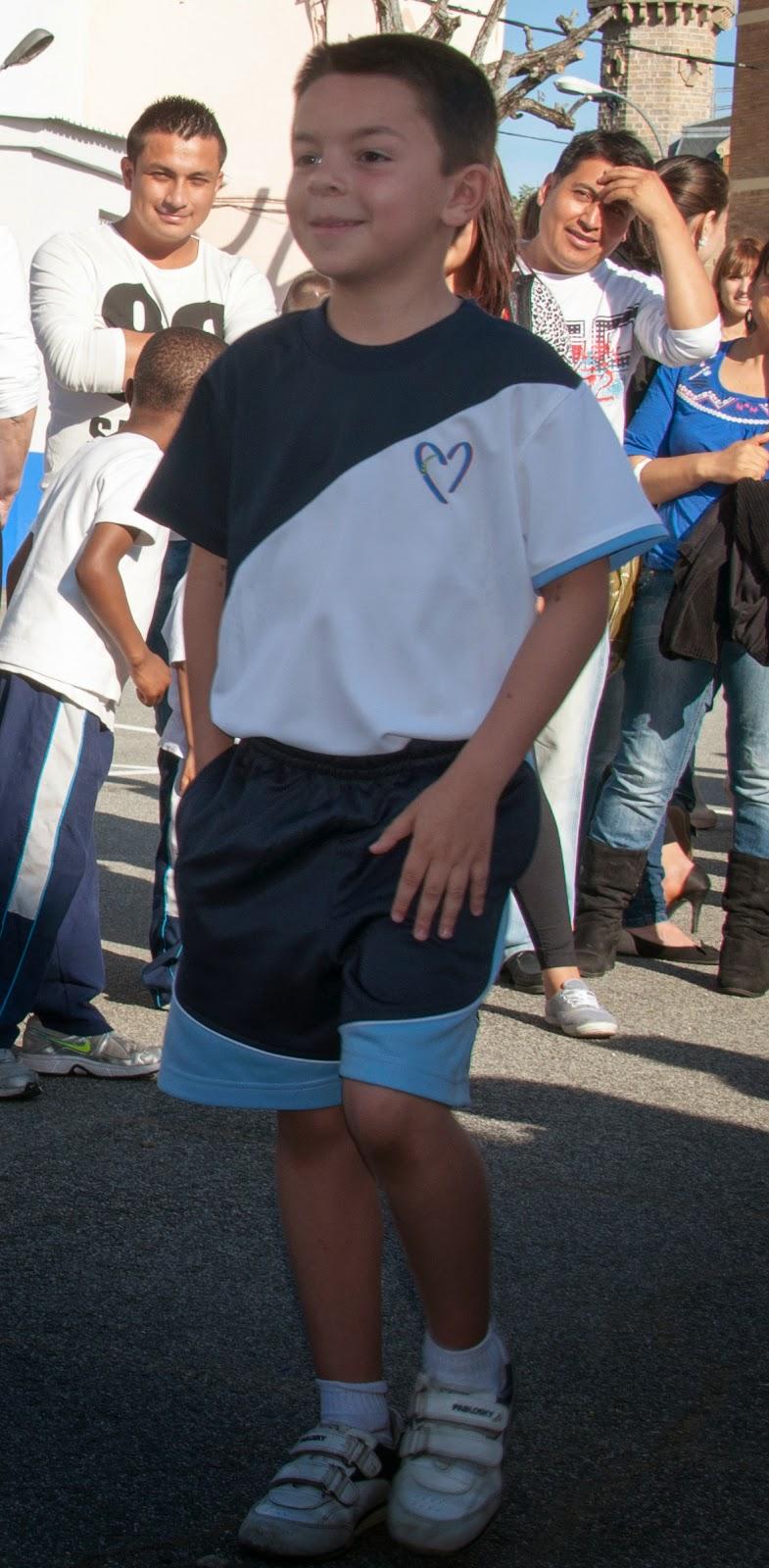 Colegio amor de dios burlada nuevos uniformes - Colegio amor de dios oviedo ...