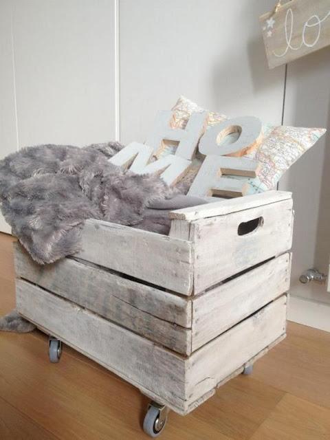 Reciclar cajas de frutas en el dormitorio