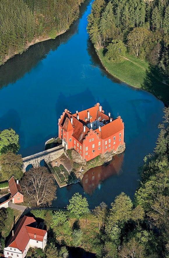 Červená Lhota Castle, Czech Republic: