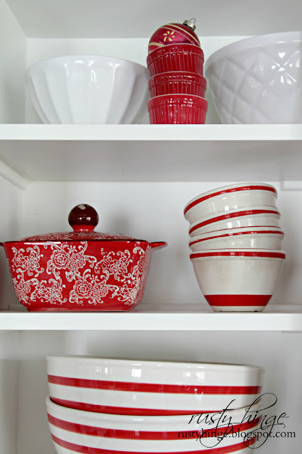 Decorating with red and white dishware