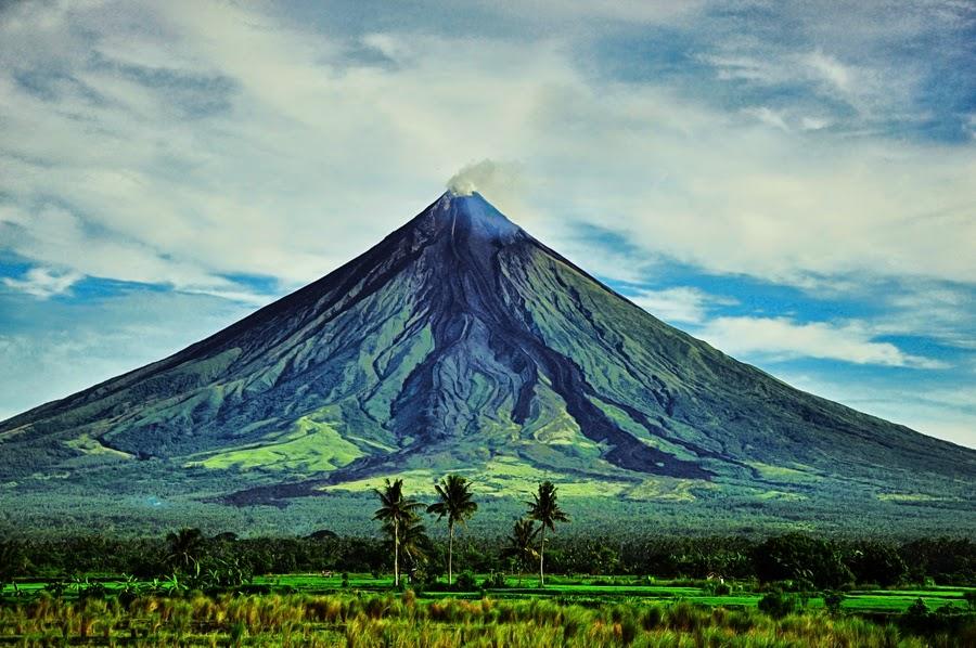 yamang lupa Contextual translation of yamang lupa into english human translations with examples: since land plants, human resources, land resources, residual soil, soil, dirt.