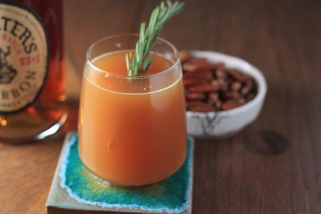 bookcooker: Cocktail Hour: Apple Cider Cocktail