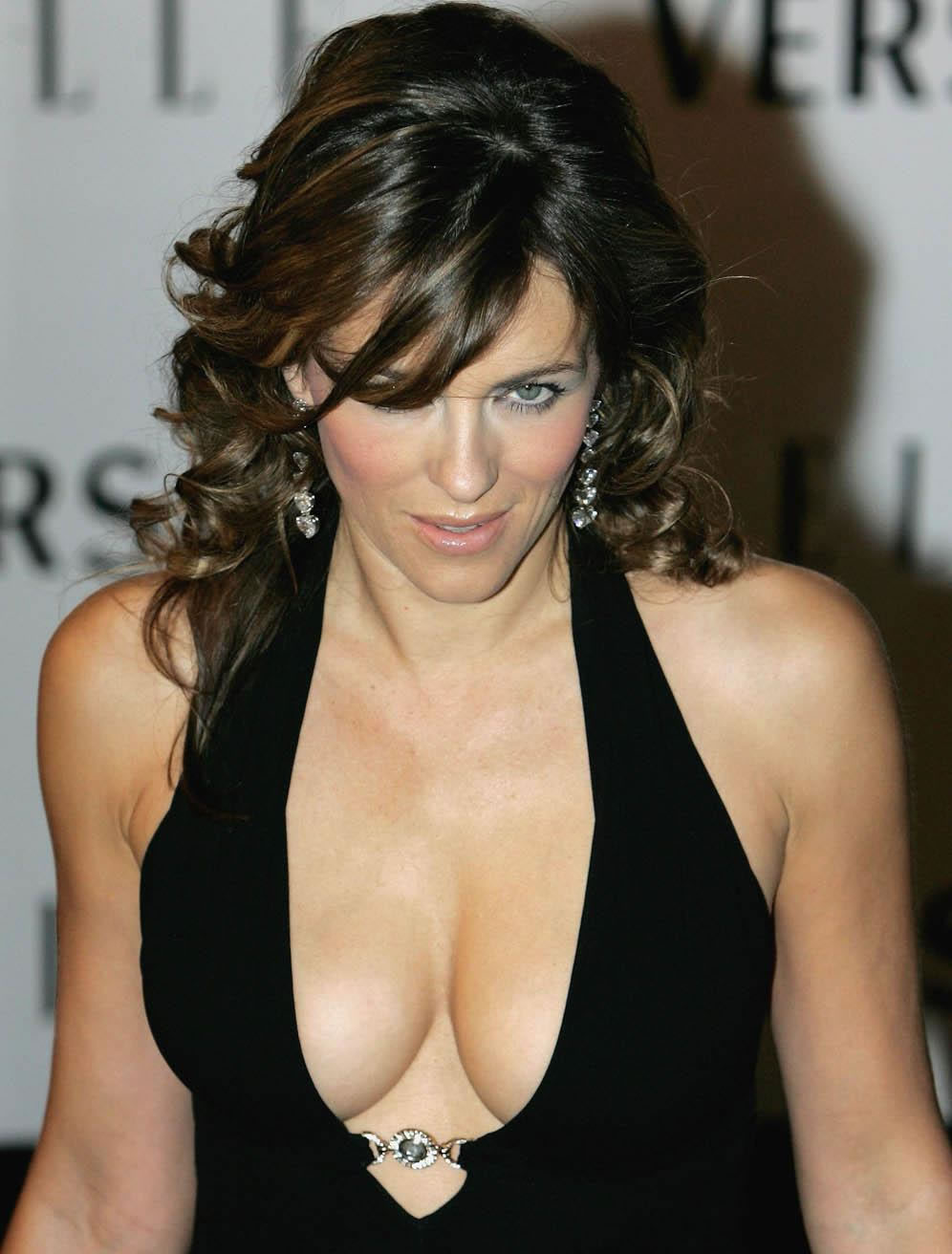 Elizabeth Hurley - Actress Elizabeth Hurley is reportedly working to get ...