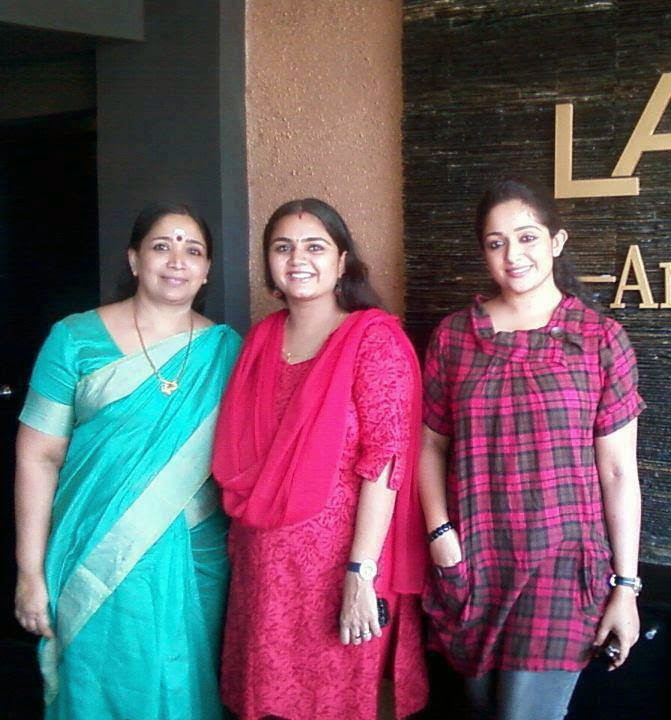 Actress Kavya Madhavan Family Photos With Father And Mother