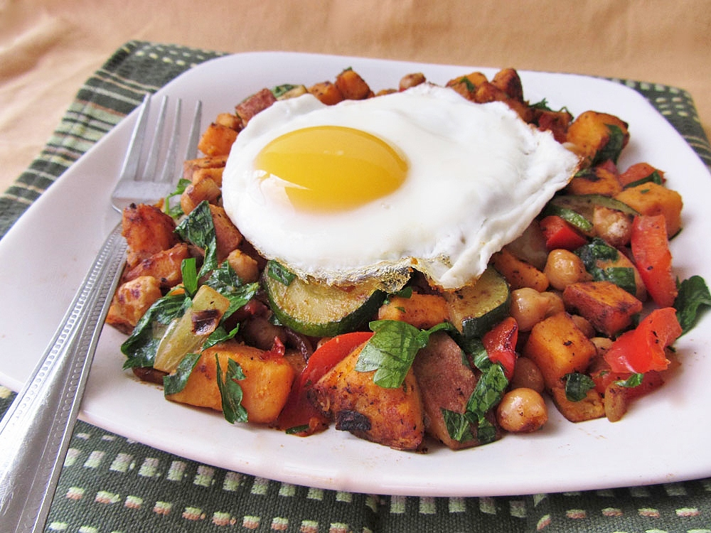 sweet potato chickpea hash with fried egg