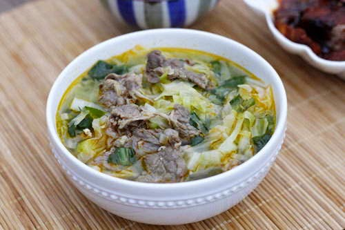 Cabbage Soup with Beef - Canh Bắp Cải Thịt Bò