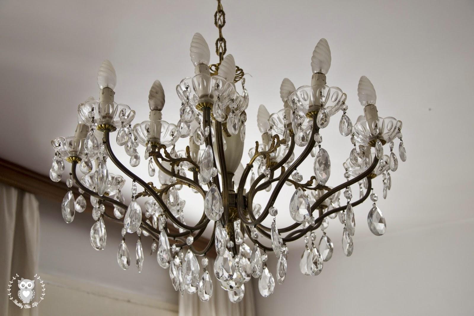 shabby chic, lampadario a gocce, chandelier brocante antichità
