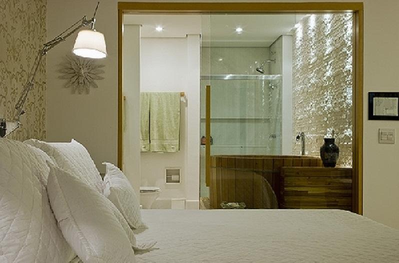 arquitetura do imóvel Quarto de casal e banheiro unidos -> Quarto Com Banheiro Integrado Simples