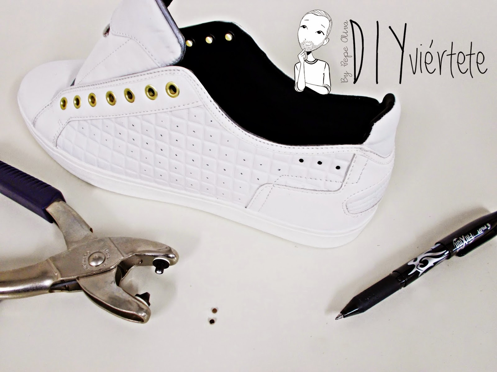 DIY-zapatillas-tunear-customizar-CHRISTIAN-LOUBOUTIN-zapatos-pinchos-esmaltes-pinta uñas-colores-7