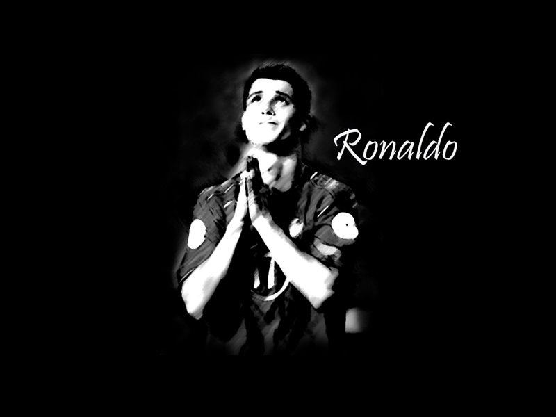 Cristiano ronaldo in black and white pictures diposting oleh unknown di 04 34