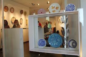 Éxito de publico en la primera exposición de mosaicos artísticos que se  celebro y que podrá