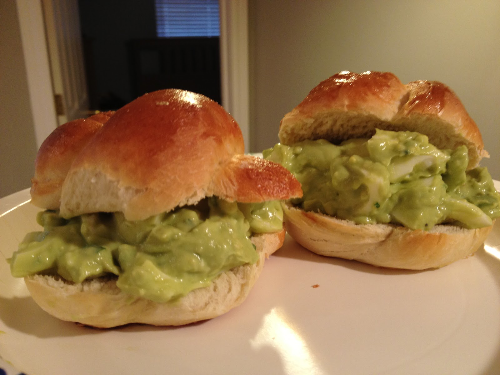 avocado egg salad sandwich ingredients 8 hard boiled eggs whites