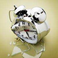 http://4.bp.blogspot.com/-t29CRxKSk2s/T5akUq1eKxI/AAAAAAAAAVs/lLhzMGeQDO8/s1600/reloj+roto.jpg
