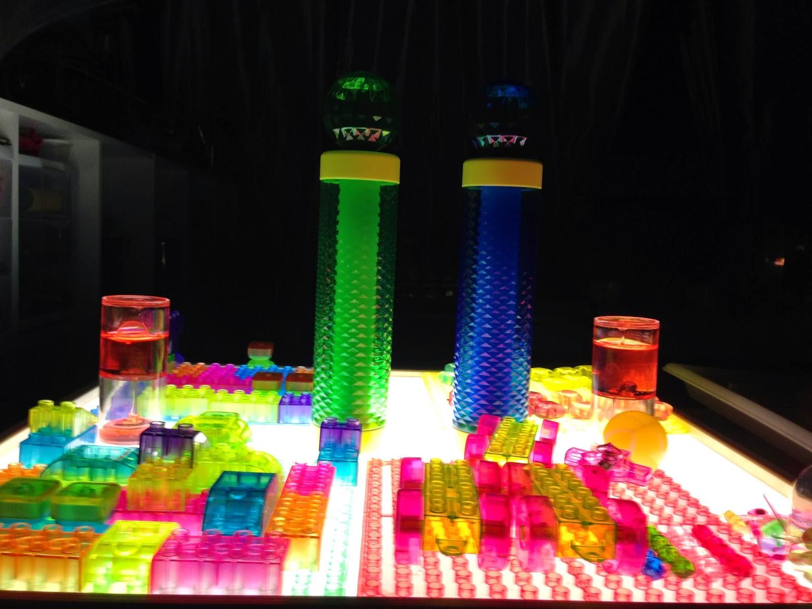 lego n light table