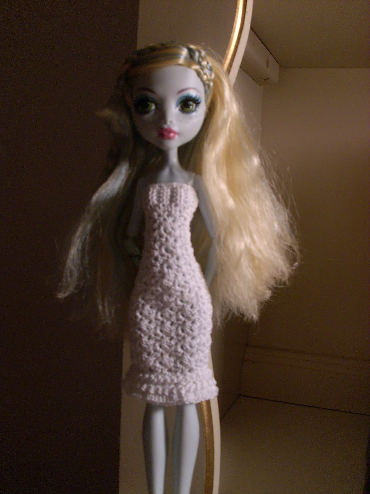 Crochet for Barbie (the belly button body type): White Monster High ...
