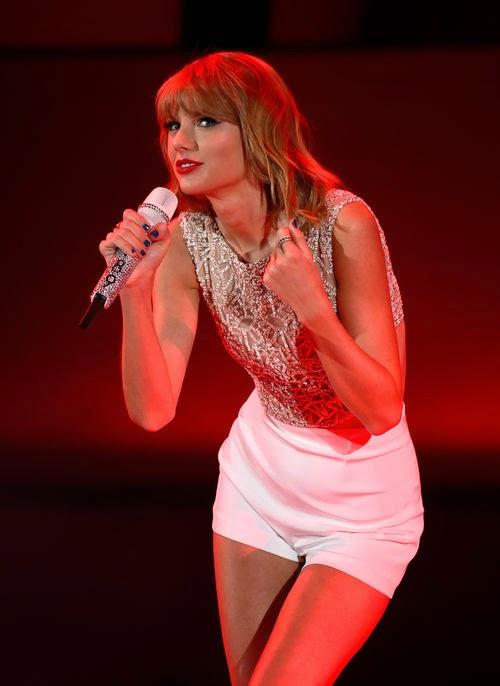 Taylor Swift fans