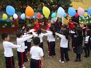 Golosineros para saludar en el Día del Niño . perro golosinerero