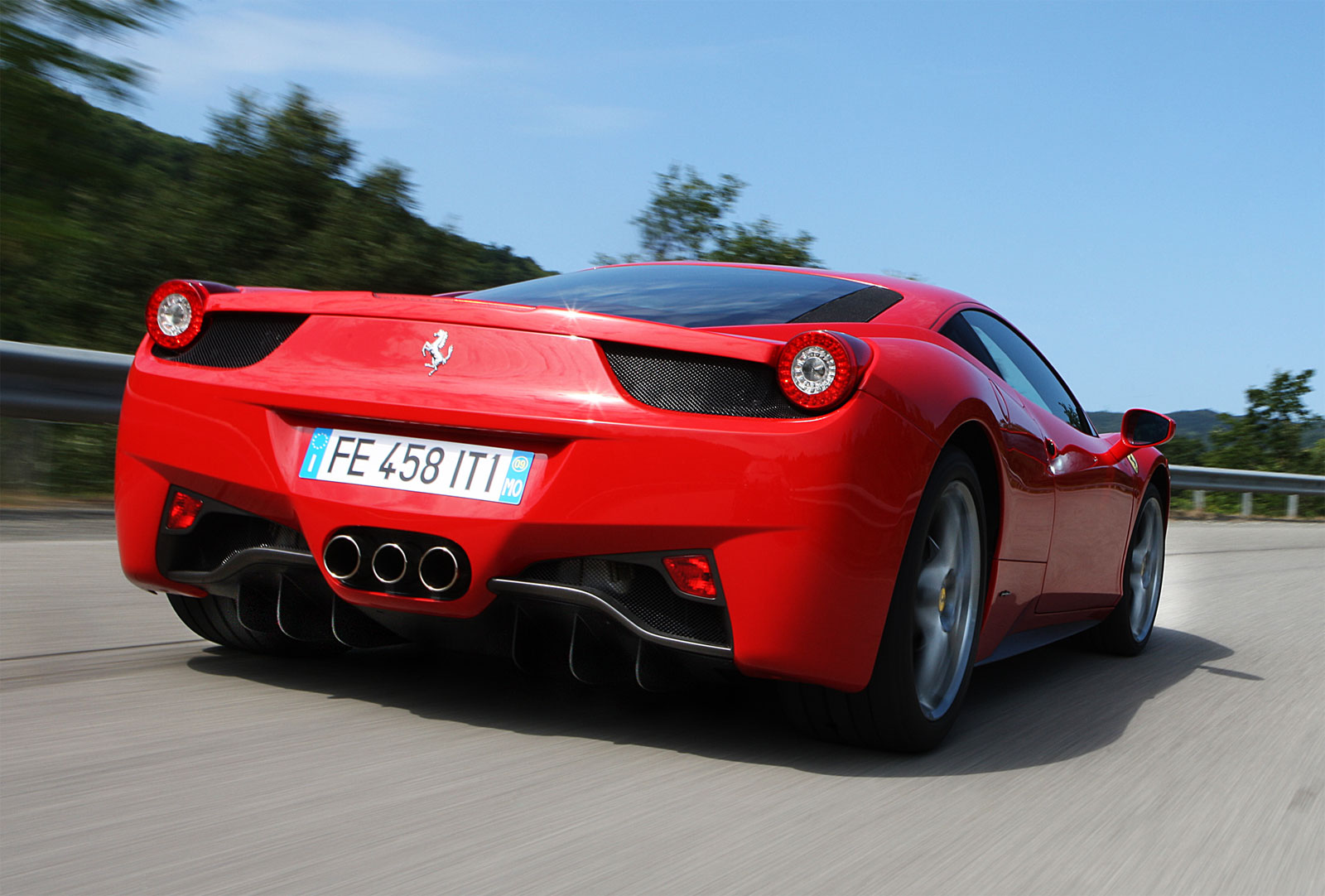 http://4.bp.blogspot.com/-t2l3AqkD4Dg/T-CKlgaz_2I/AAAAAAAADfk/ROx7SmvKeN8/s1600/Ferrari+458+Italia+hd+Wallpapers+2011_6.jpg