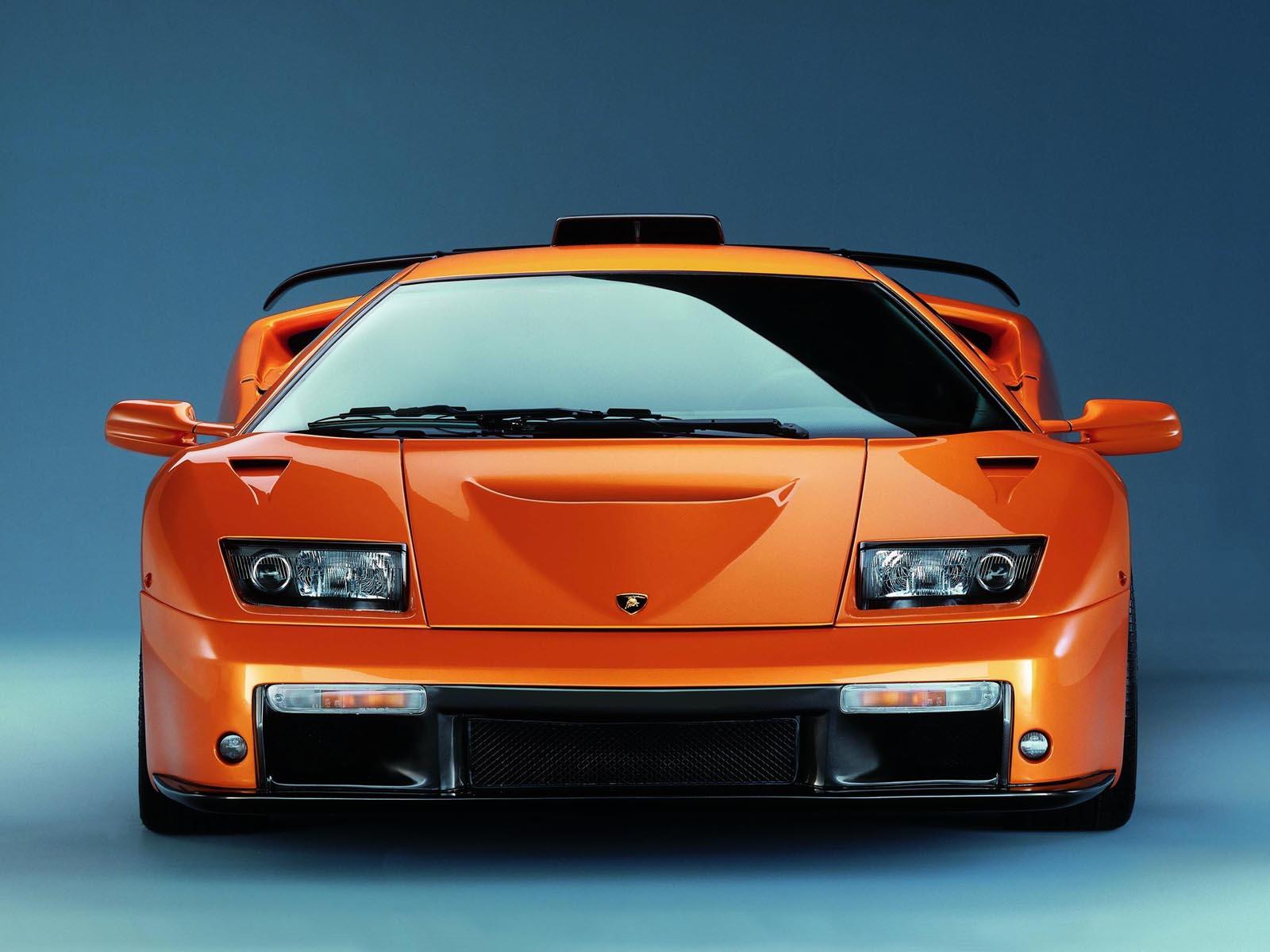 http://4.bp.blogspot.com/-t2wcQWXvb8I/Tx6Q7NsEhlI/AAAAAAAAAfk/98QSKEiUP9o/s1600/Lamborghini-Diablo-wallpapers+%25284%2529.jpg