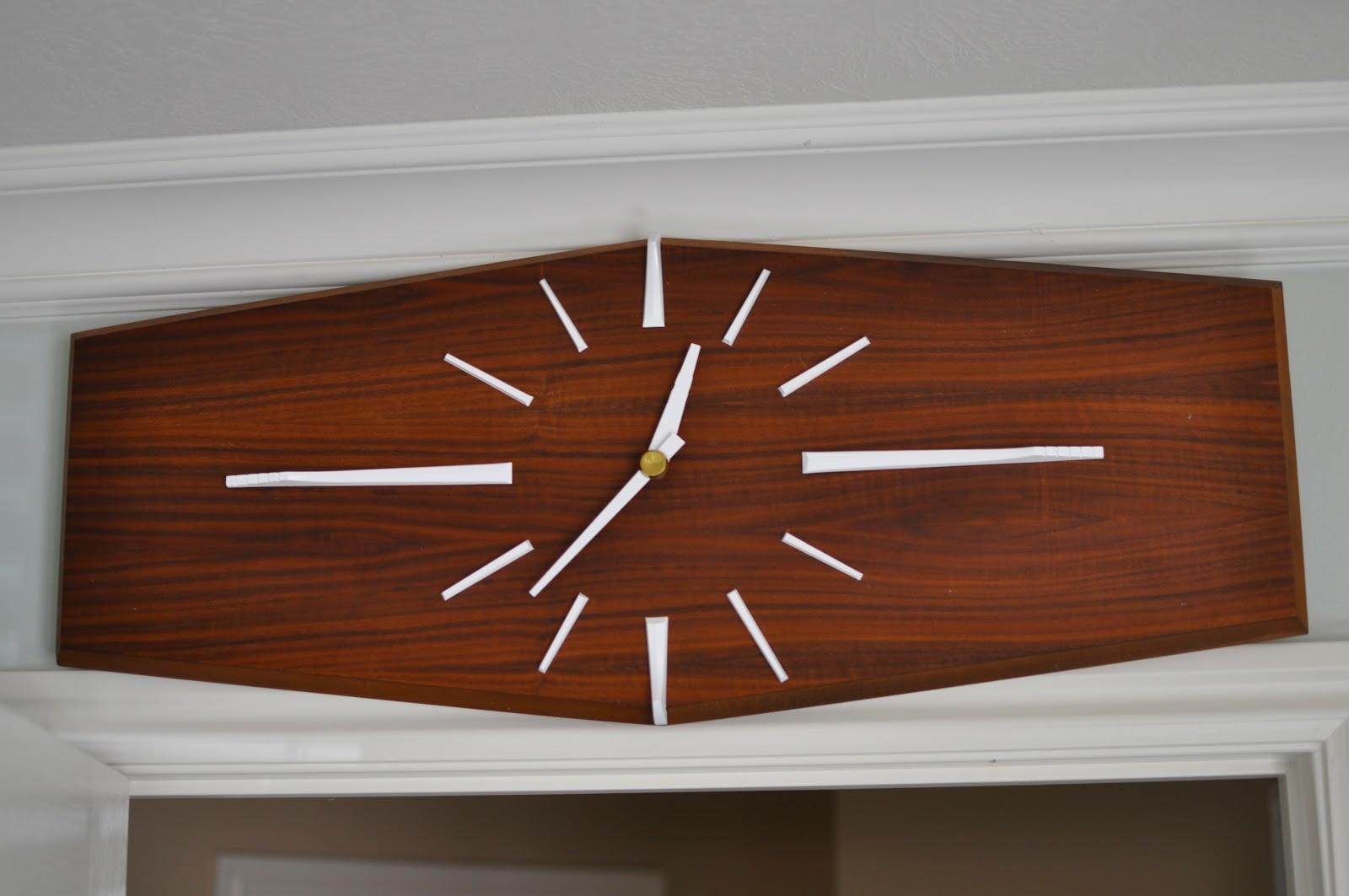 Mid Century Modern Clock Makeover