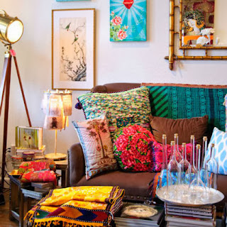Living in full color without losing the style