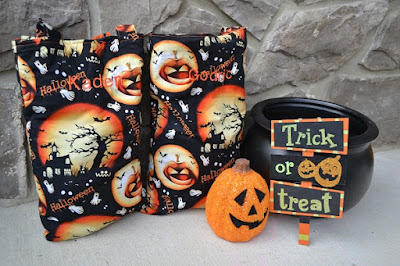 How to sew your own trick-or-treat bag for Halloween with DIYDanielle