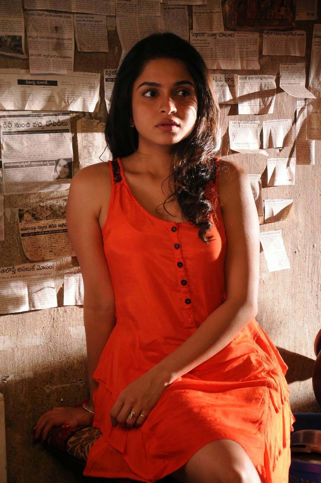 Rashmi Gautam (Posters) Image 24   Tollywood Heroines Wallpapers ,Stills, Heroines, Hot Actress