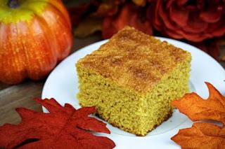 pumpkin-cornbread-slice