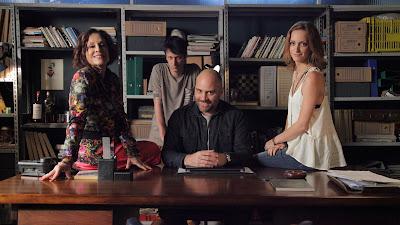 Comédia sobre a primeira e única agência especializada em términos de relacionamentos estreia em fevereiro no horário nobre dos canais BAND e TNT - Divulgação
