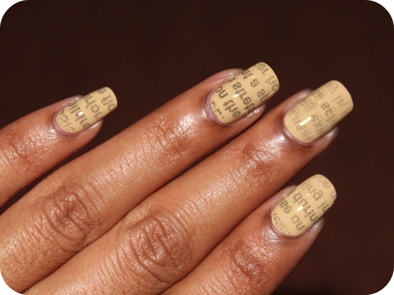 Guest Post! Newspaper Nails from Bellezza! - A Thing of Beauty