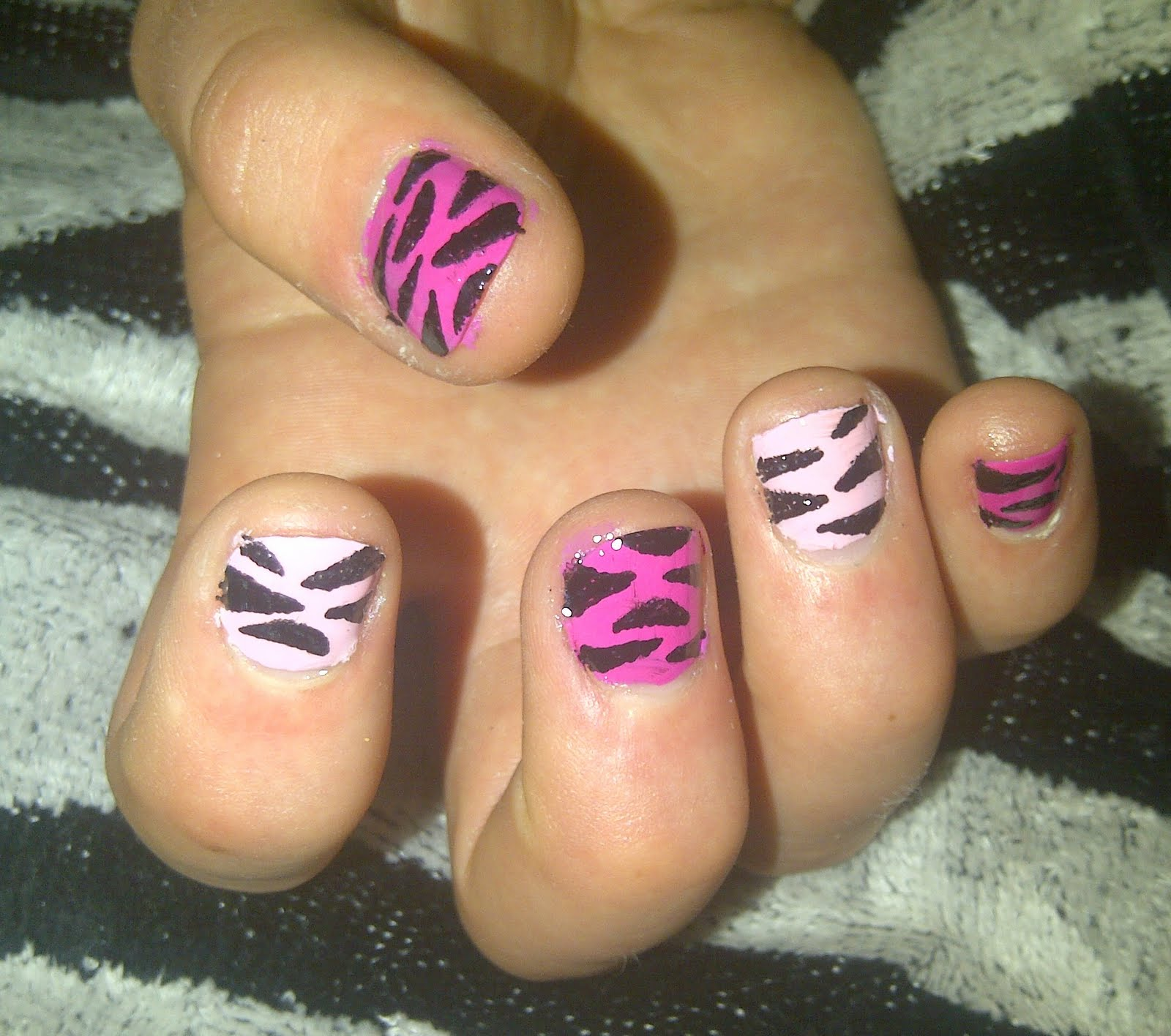 The Amazing Cheetah and zebra print nail designs Image