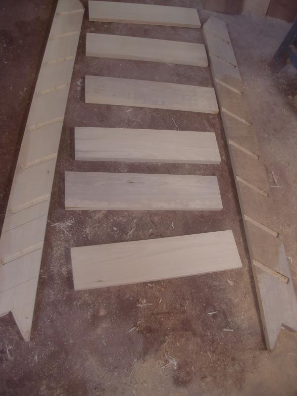 Decoraciones manualidades en madera como hacer una for Escaleras 8 pasos