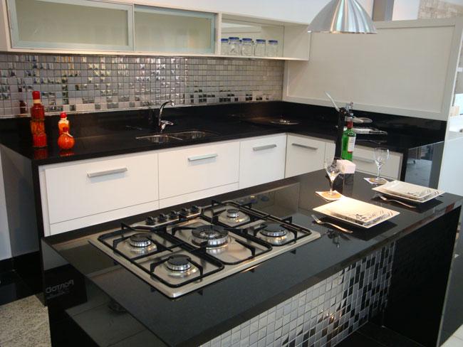 Ranieri Mármores e Revestimentos Especiais Cozinha em granito Preto Absoluto # Bancada De Cozinha Preto Absoluto