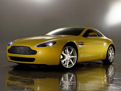 Aston Martin V8 Vantage Side