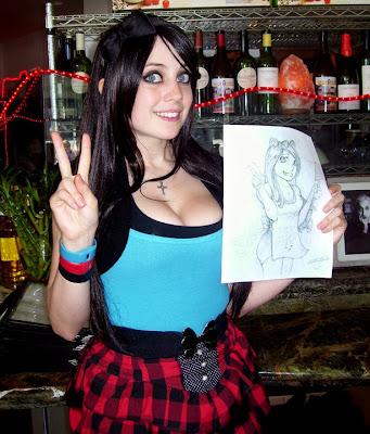 Market Nude Girl: Miss Hannah Minx, la noia gòtica més