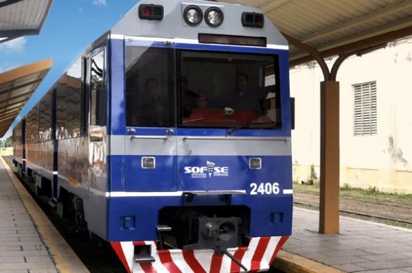 Cr nica ferroviaria horarios del tren de pasajeros que for Horario de trenes feve
